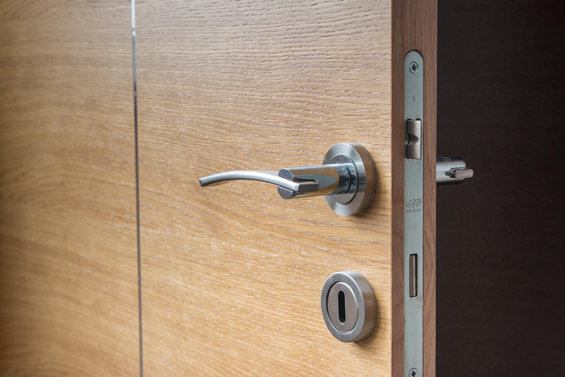 A Segurança Da Sua Casa Começa Pela Porta